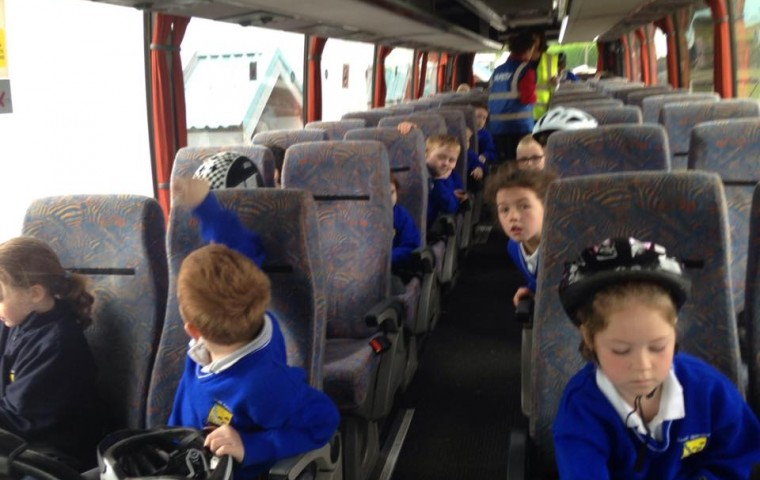 "<span class=""light"">Kids</span> on the Belt up Bus"